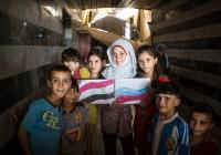 Сирийские дети получили подарки с «космическим» питанием из России