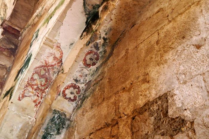 Фрески в часовне - одни из немногих сохранившихся образцов искусства крестоносцев в мире