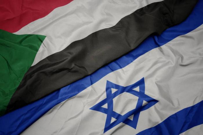 Судан может стать следющей после ОАЭ и Бахрейна страной, заключившей мир с Израилем.
