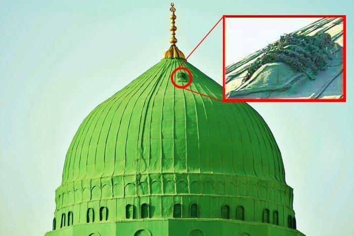Что за таинственная дверь находится на куполе мечети Пророка Мухаммада в Медине? (ФОТО)