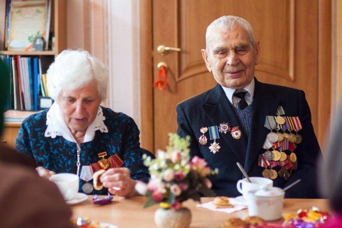 Среднегодовой размер пенсии неработающих пенсионеров, сообщили в ведомстве, в 2021 году составит 17 443 рубля