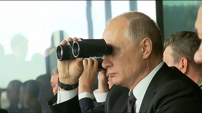 Владимир Путин на учениях «Центр-2019».