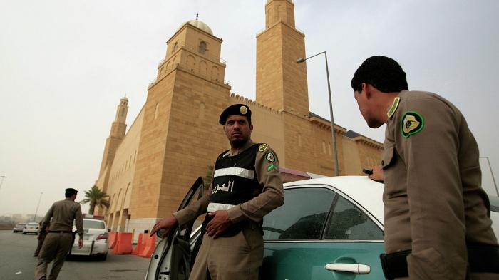 Правоохранители КСА ликвидировали иранских террористов, заявили в королевстве.