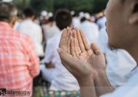 «Абу Бакр, что ты скажешь, если нас двое, а третий с нами - Аллах?»