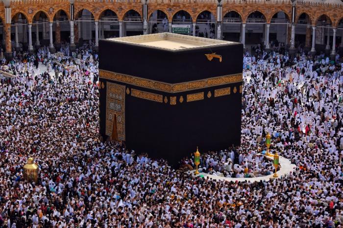 Мусульманам, проживающим в других странах, паломничество будет разрешено с 1 ноября
