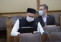 Муфтий Татарстана принял участие в заседании Комиссии по вопросам сохранения татарского языка
