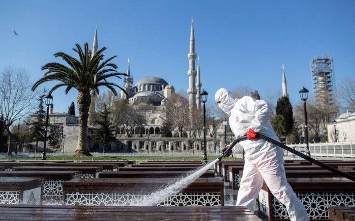 В Турции объявили о втором пике заболеваемости коронавирусом.
