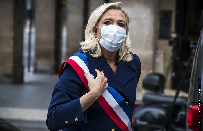 Марин Ле Пен прокомментировала убийство учителя.