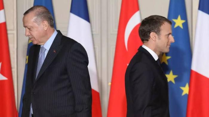 Кризис накрыл отношения Анкары и Парижа.
