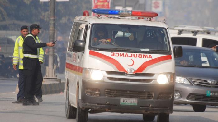 Пострадавшие доставлены в больницы.