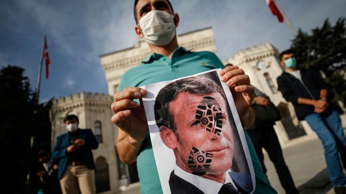 Отношения Франции и Турции продолжают ухудшаться.