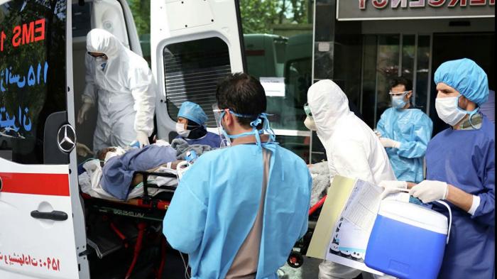 В Иране стремительно растет число жертв коронавируса.