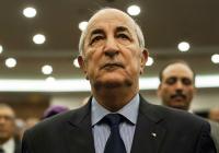 Президент Алжира госпитализирован