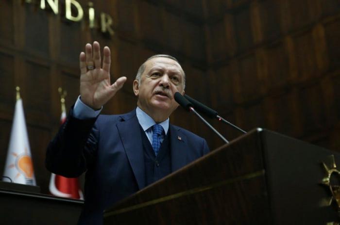 Президент Турции заявил, что Россия напала на учебный лагерь оппозиции.