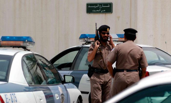 Саудовская полиция обезвредила напавшего на консульство Франции.