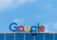 Компания Google к 2025 году избавится от пластика