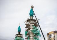 На казанскую мечеть Габдрахима Утыз Имэни водрузили полумесяц