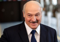 Лукашенко вызвался «помирить» Макрона с мусульманами