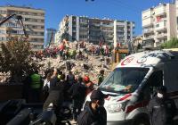 Число жертв землетрясения в Турции превысило 100 человек