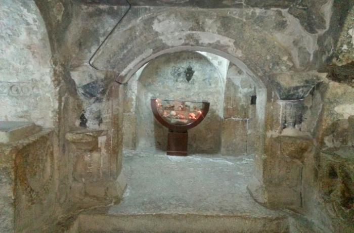 309 лет сна: как выглядит знаменитая пещера из суры
