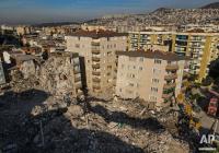 Власти Турции оценили последствия землетрясения в Измире