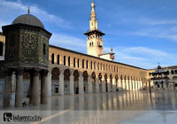 Как Минарет невесты в мечети Омейядов получил свое название?