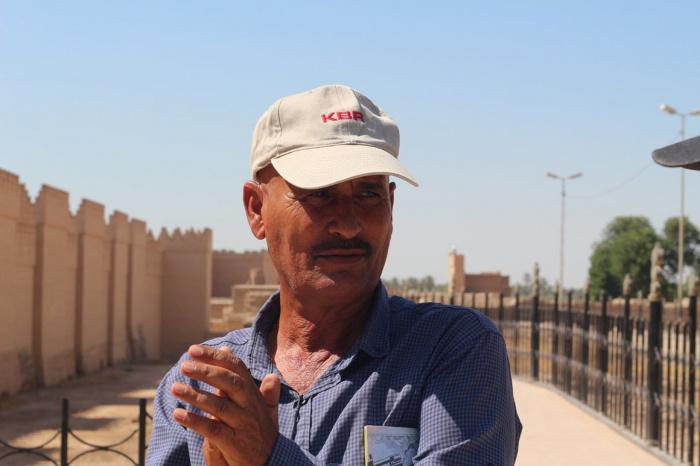 Фархуд вырос в деревне всего в нескольких шагах от руин Вавилона