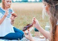 Перечислены самые вредные пищевые привычки женщин