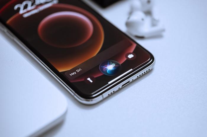 Современные смартфоны при нормальной работе в дополнительных перезагрузках вовсе не нуждаются