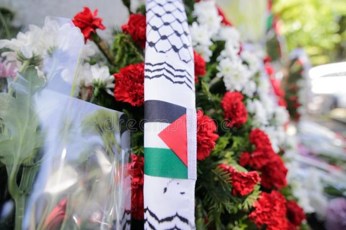 В Палестине простились с Саибом Арикатом.