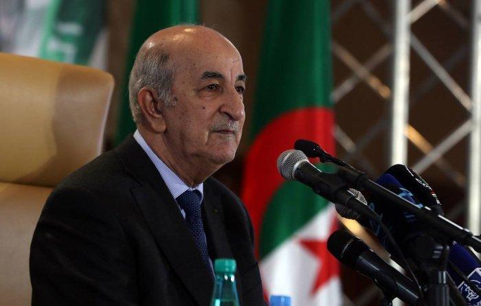 Алжирский лидер завершил лечение после заражения коронавирусом.