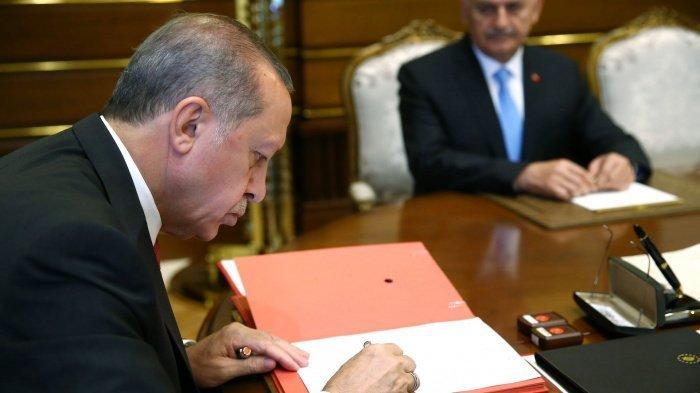 Президент Турции хочет направить военных в Азербайджан.