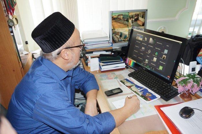 Религиозные деятели повышают квалификацию в Казани.