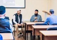Муфтий Абу-Даби прочитал лекцию для казанских имамов