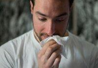 Врач сообщила, кто заражается коронавирусом реже
