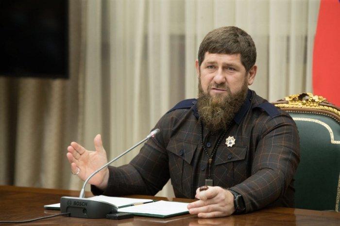 Кадыров поручил оградить молодежь от «интернет-проповедников».