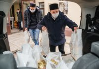 120 нуждающихся семей получили продовольственные наборы от ДУМ РТ