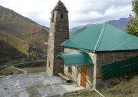 В Чечне восстановили мечеть, построенную три века назад