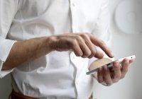 Установлено, как пользователи сокращают срок работы смартфона