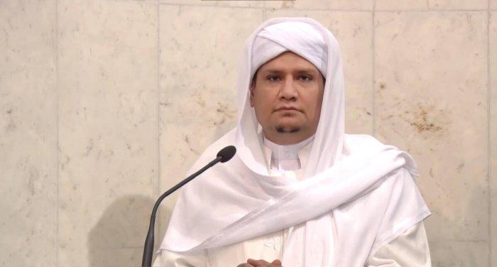 Мухаммад аль-Айдарус являлся авторитетным исламским богословом.