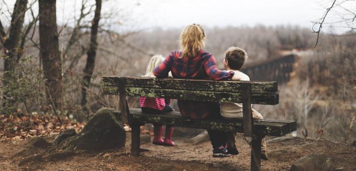 26% опрошенных заявили, что в настоящее время карьера для них важнее, чем семья