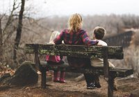 Обнаружено, кто чаще готов жертвовать семьей ради карьеры
