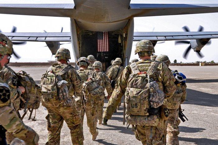 Вывод американских войск из Афганистана приостановлен.