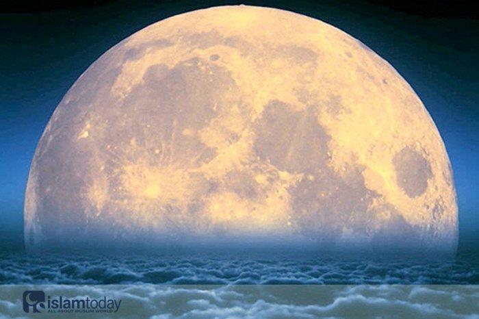 Лунные образования, названные в честь мусульман