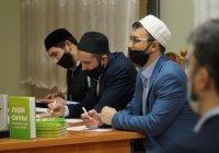 """ИД """"Хузур"""" провел интеллектуальную викторину для студентов КИУ"""