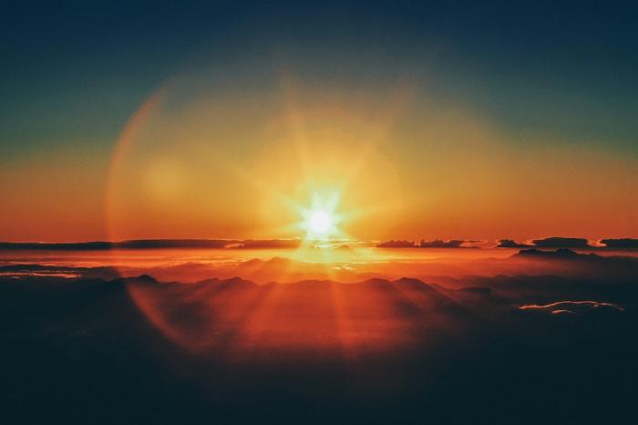 Последний раз вспышки такой и большей силы регистрировались на Солнце лишь осенью 2017 года