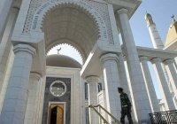 В Туркменистане, где нет коронавируса, мечети останутся закрытыми до конца года
