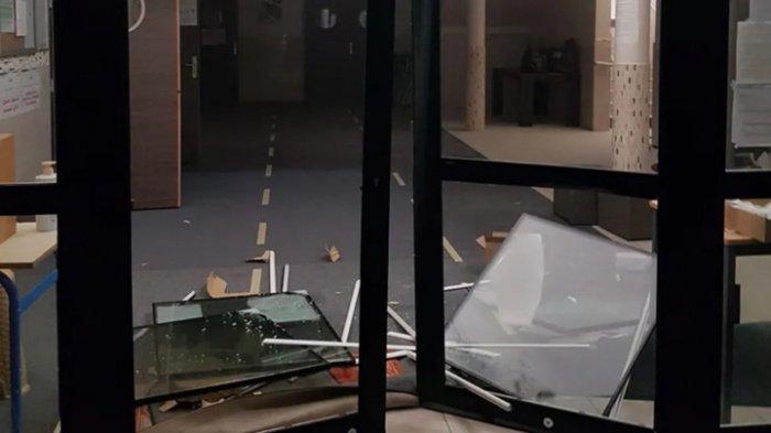 Фото с места инцидента.