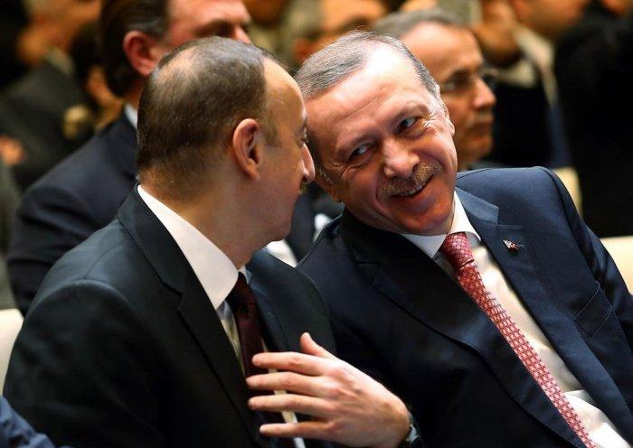 Эрдоган и Алиев на одной из предыдущих встреч.