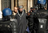 Франция выслала 66 иностранцев, подозреваемых в радикализме